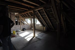 Dachgeschoss Wohnraum - vorher