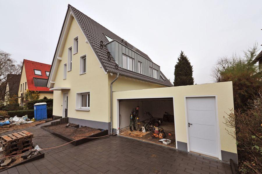 https://lebenslust-architektur.de/wp-content/uploads/2019/12/Lebenslust_Architekturbuero_Essen_Fischlaken_Strassenansicht.jpg